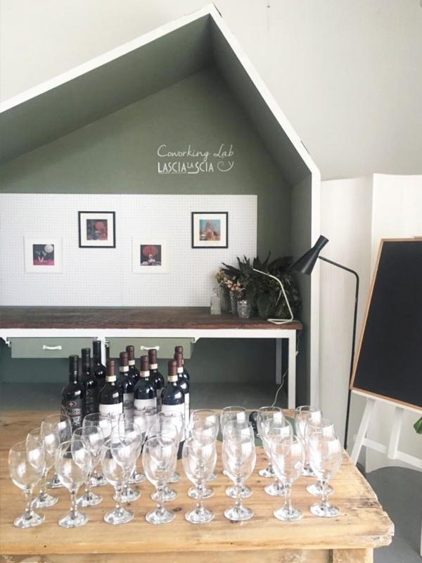 mostra greta posha ladies wine design